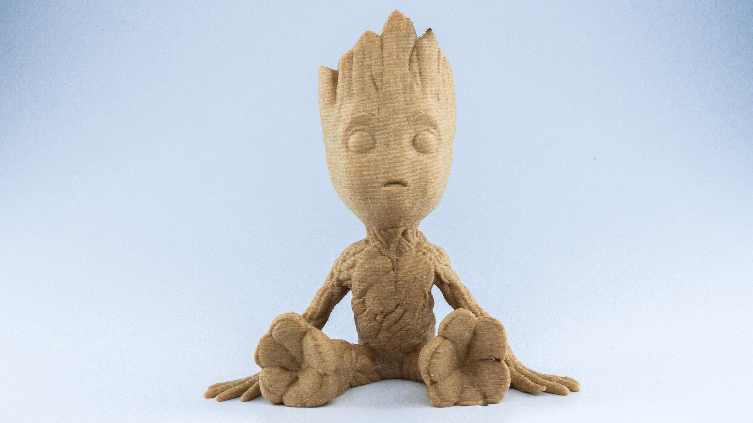 Grooth Figur mit holzhaltigem Material 3d gedruckt